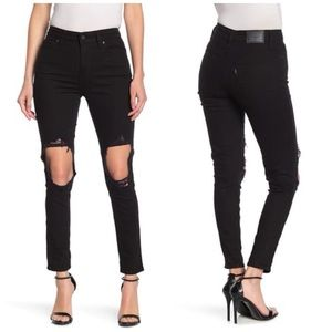 NEW Levi's High Rise Skinny Distressed Black Jeans